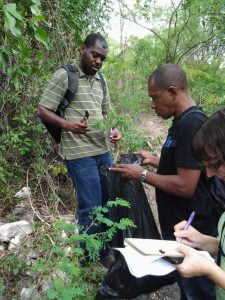 keron-patrick-vicky-collecting-plants-in-long-mountain